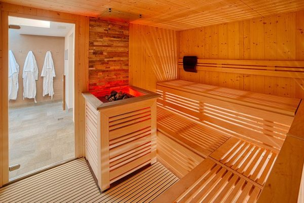 csm_saunalandschaft-hotel-mair-area-sauna-area_5c8d9354bd